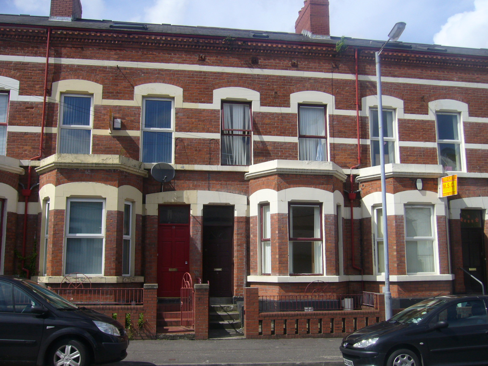 17 Agincourt Avenue, Belfast, Co Antrim. BT7 1QA
